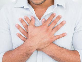 Como se manifiesta la enfermedad de reflujo gastroesofágico