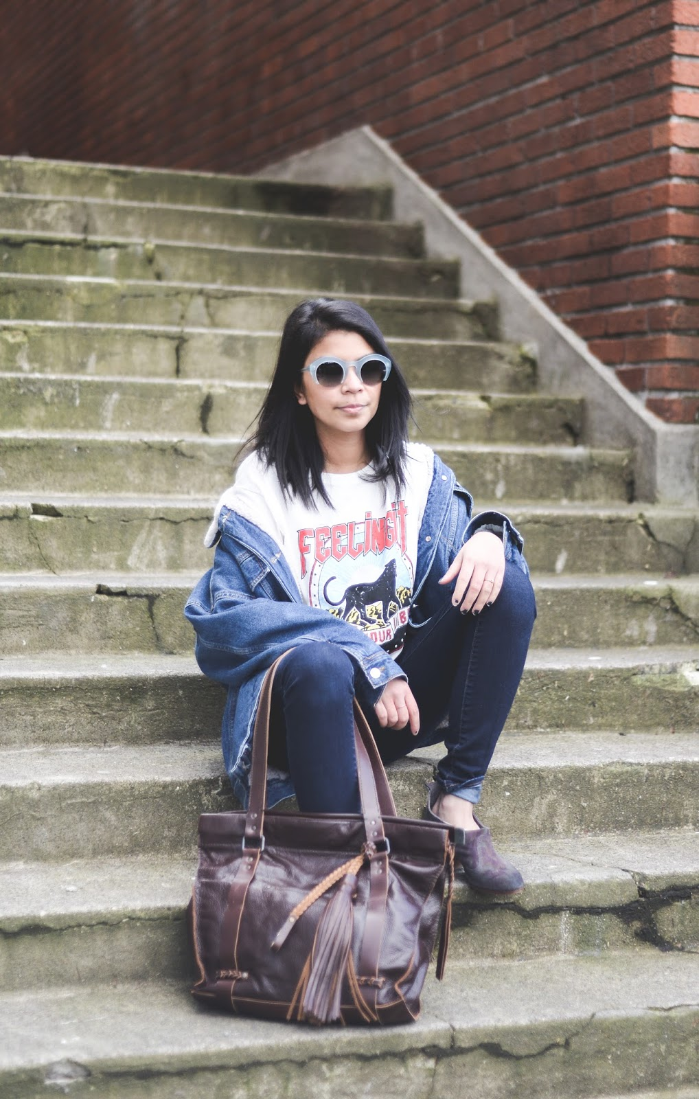 embrazio, leather tote bag, sunglasses, portland blogger, outfit of the day, spring outfit, graphic tee, denim jacket, 2017,