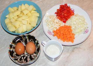 zarzavat pentru ciorba de gaina, cartofi, morcovi, ceapa, orez, telina, oua, ardei,