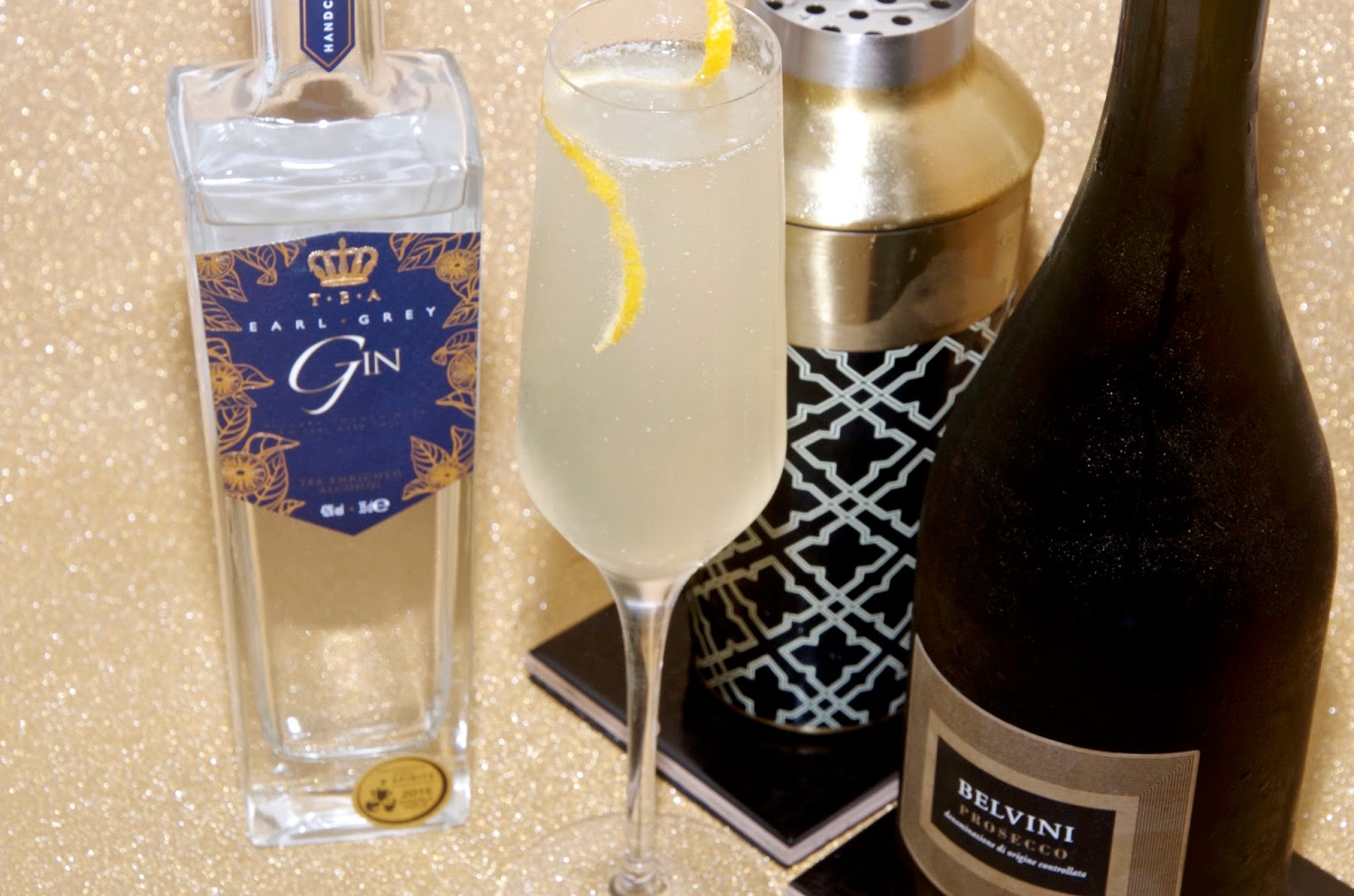 Earl Grey Gin Prosecco French 75 Cocktail Recipe with Kitchen Craft Art Deco Shaker
