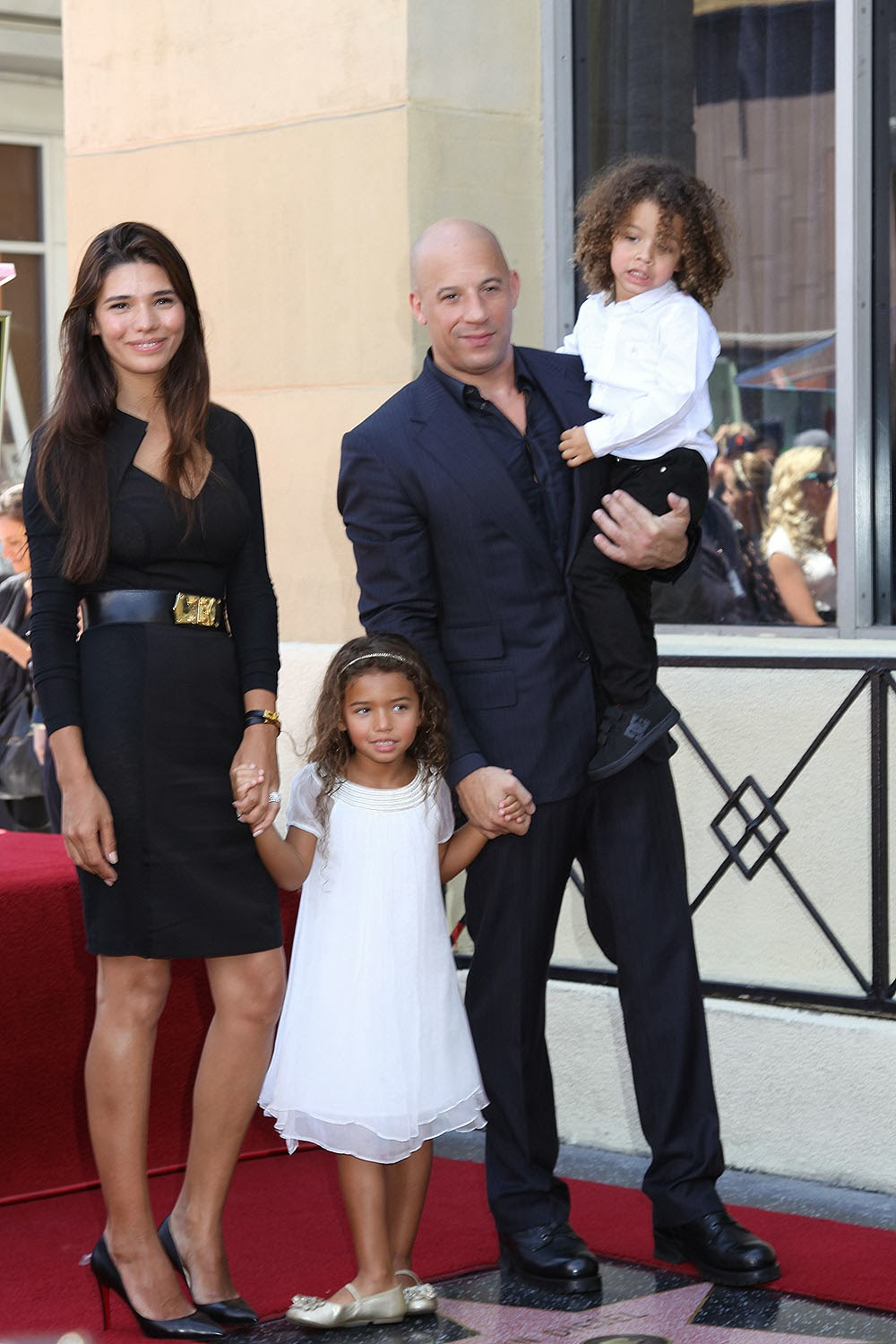 HollyWood Stars: Vin Diesel With Wife New Hottest Pictures ...