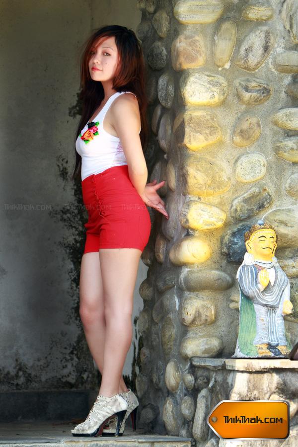 Nepali Models 100612-8716