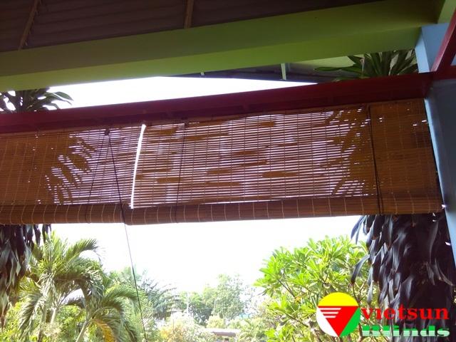 Rèm tre trúc được làm nguyên liệu hoàn toàn chất liệu từ tự nhiên như: cây tre,cây trúc hay nứa ...