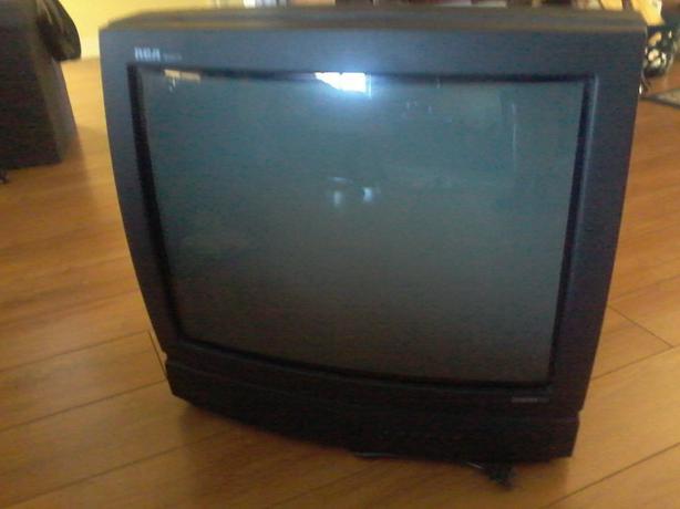 tv 20. -masukkan jack ac/steker tadi sampai tv nyala - untuk berpindah kemenu berikutnya tekan tombol vt setelah setting dirasa sudah pas jangan lupa disimpan 20 d