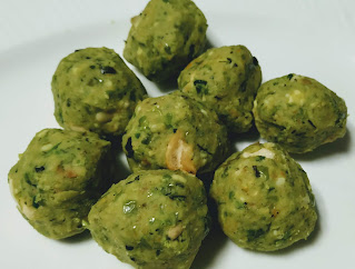 Round shaped  balls for Hara bhara kabab Recipe