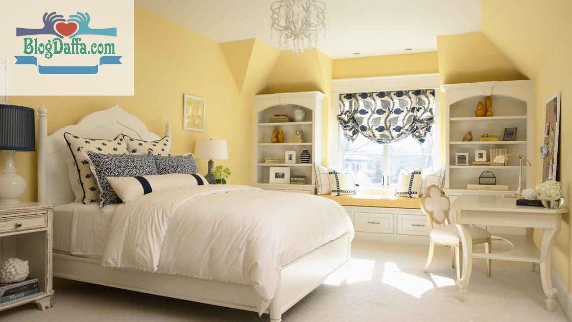 Warna kamar tidur kuning pucat