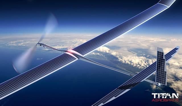 Pesawat Surya besar
