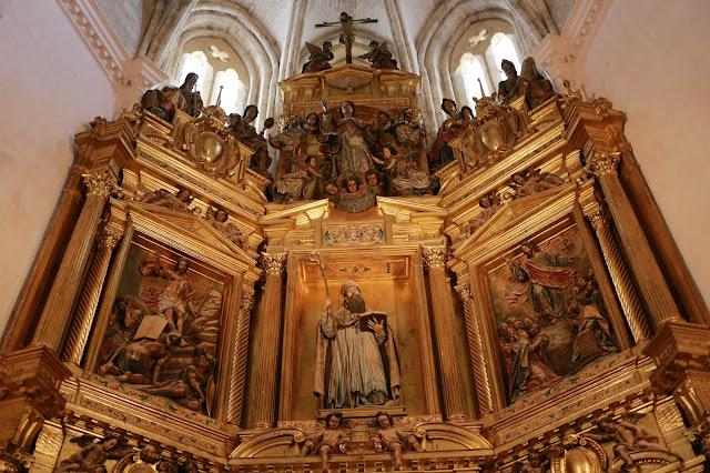 Altar del monasterio de San Isidoro del Campo