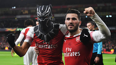 aubameyang black panther mask celebration rennes brace