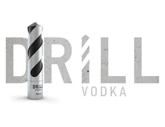 Binh-dung-ruou-hinh-mui-khoan-DRILL-Vodka-duoc-thiet-ke-boi-Stas-Grinyaev