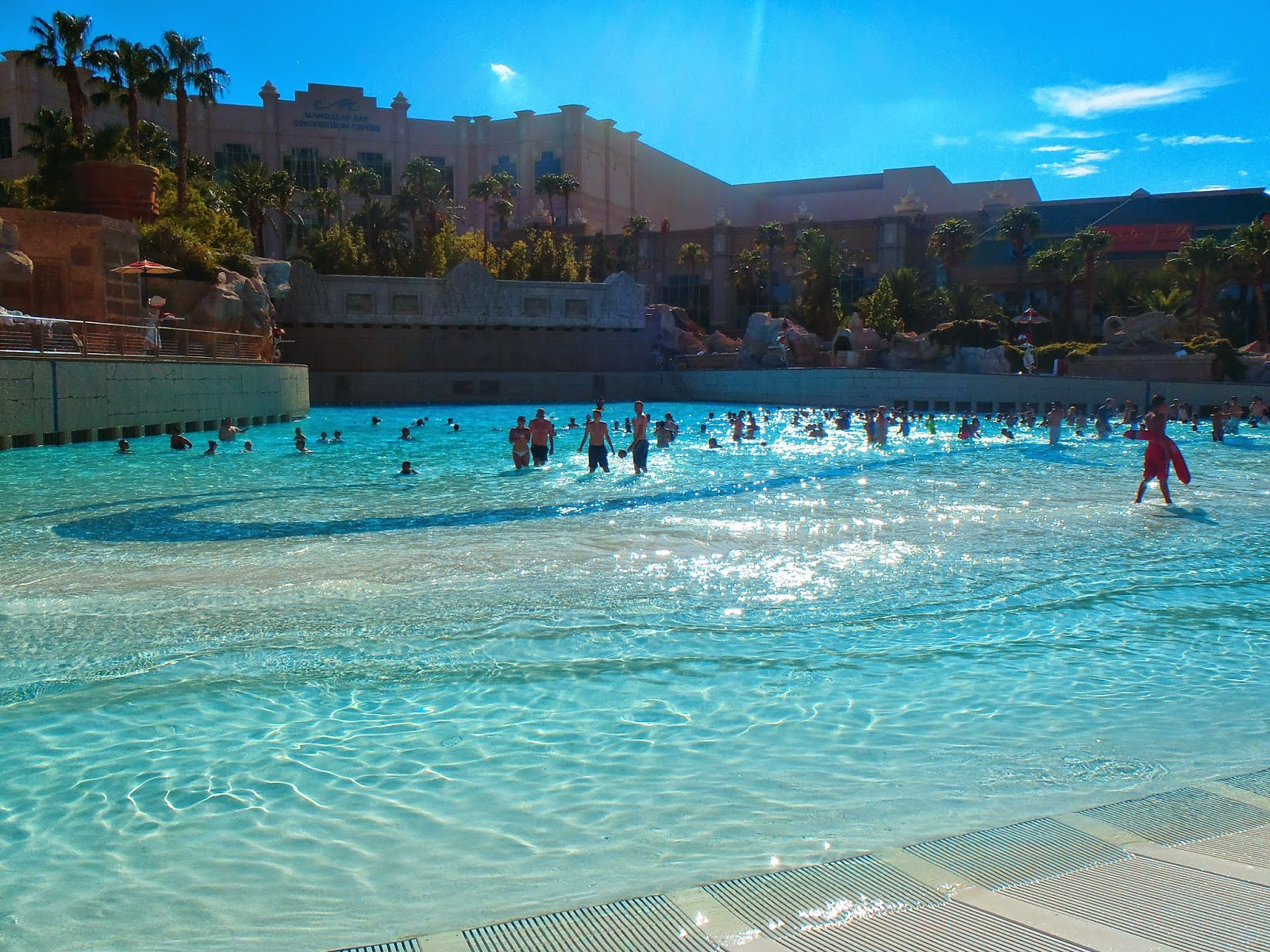 big swimming pool at he Mandalay bay hotel in vegas
