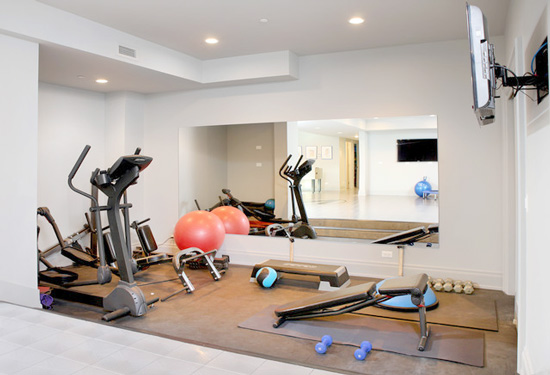 7 BENEFITS OF HAVING A HOME GYM