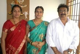 Surekha Vani Family Husband Parents children's Marriage Photos