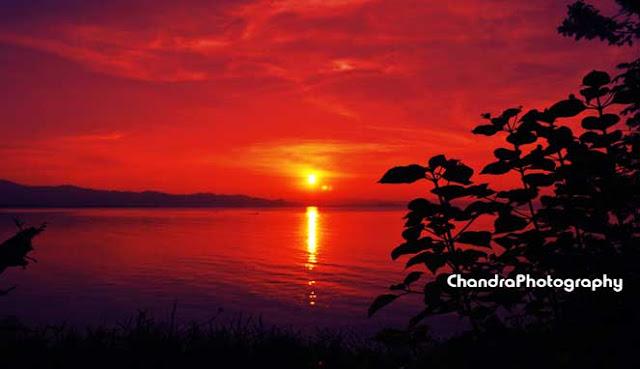 Matahari terbenam di Pantai Dondo merupakan salah satu yang terbaik di dunia MENIKMATI SUNSET TERBAIK PANTAI DONDO KABUPATEN TOJO UNA-UNA
