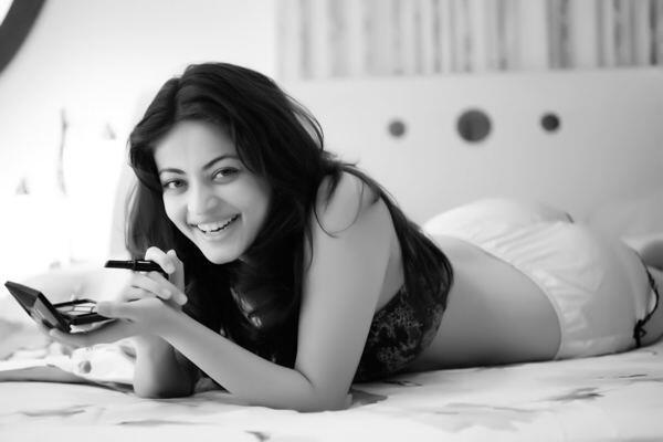 Sneha Ullal 30 Unseen, Hot & Beautiful Photos Full HD