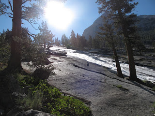 XXL-Wasserrutsche am Weg hinunter in den Le Conte Canyon