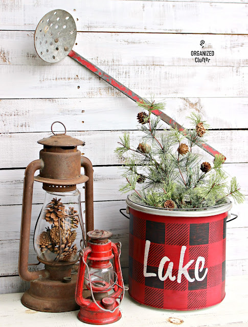 Vintage Metal Minnow Bucket Repurposed As Christmas Decor #oldsignstencils #buffalocheck #stencil #rusticChristmas #CabinChristmas