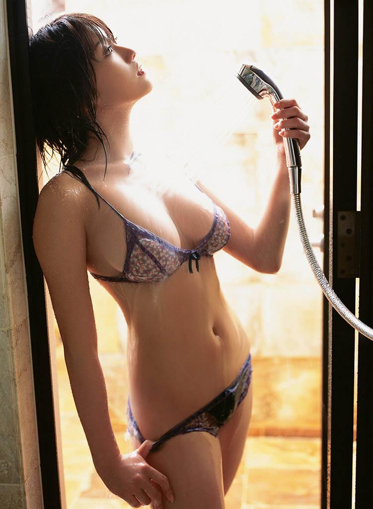 mikie hara sexy bikii pics 03