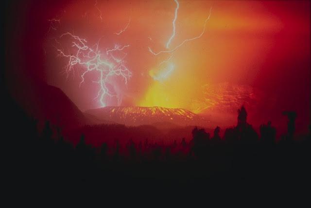 Pesona Gunung Galunggung