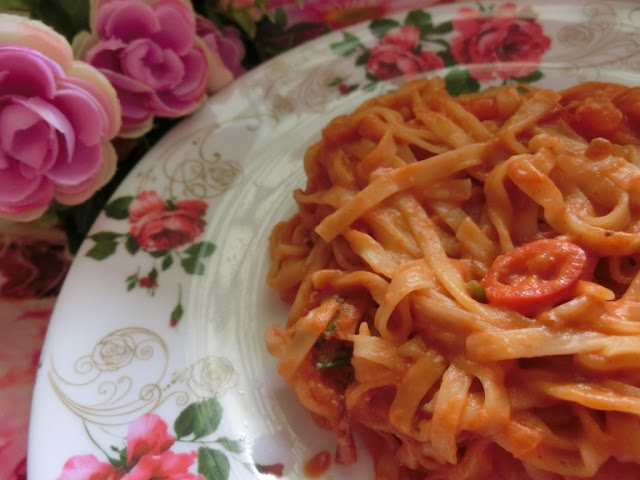 Resepi ringkas Pumpkin Ramen bersos tomato