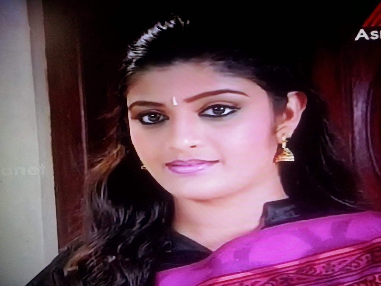 Actress Diana Kuriyan As Varsha In Malayalam Serial ChandanaMazha