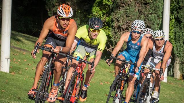 Barcelona Triathlon by Santander logra superar los 4.000 participantes