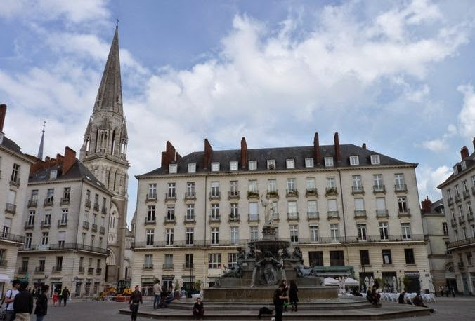 Place Royale de Nantes.