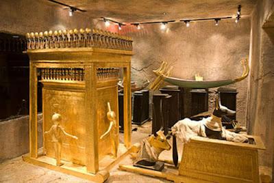 Những cái chết bí ẩn khi đụng vào lăng mộ các Pharaong
