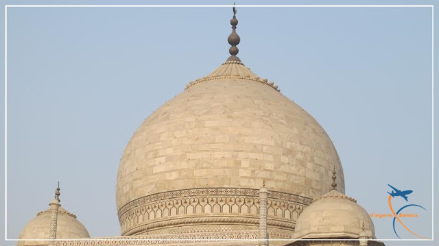 nascer do sol no Taj Mahal