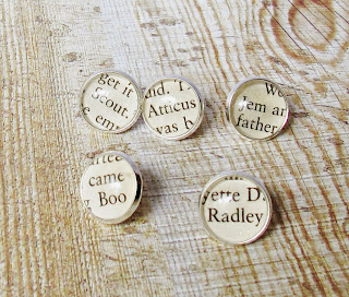 image to kill a mockingbird thumtack set push pins harper lee domum vindemia