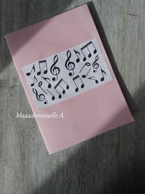 || DIY : Cahier de chansons et comptines fait maison