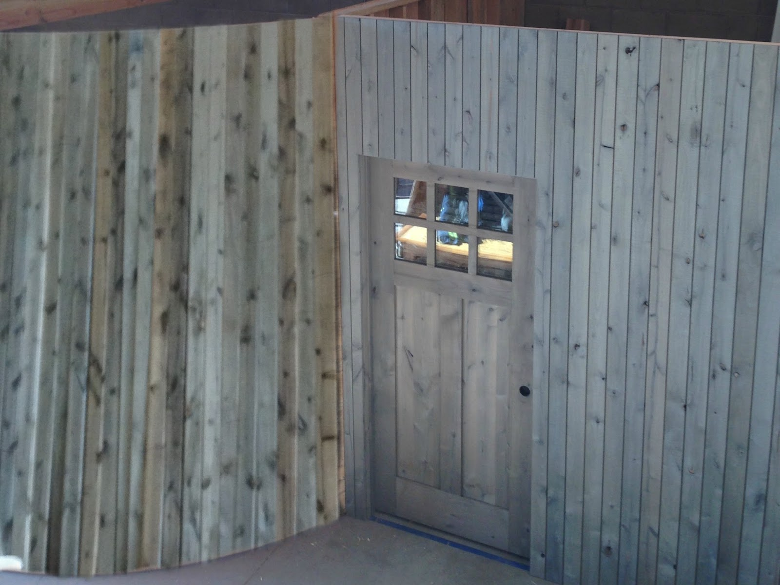 From gardners 2 bergers shiplap wall with diy barnwood for Barnwood plywood