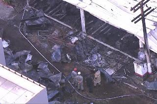 http://vnoticia.com.br/noticia/3457-tragedia-no-ninho-incendio-deixa-mortos-e-feridos-no-centro-de-treinamento-do-flamengo
