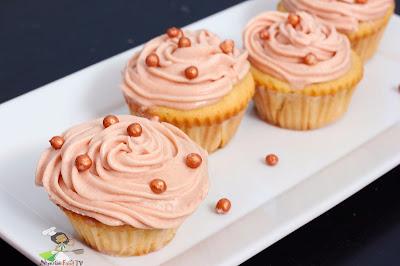 Delicious Vanilla cupcakes.