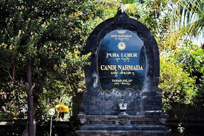 Bersembahyang di Pura Griya Tanah Kilap dan Pura Candi Narmada