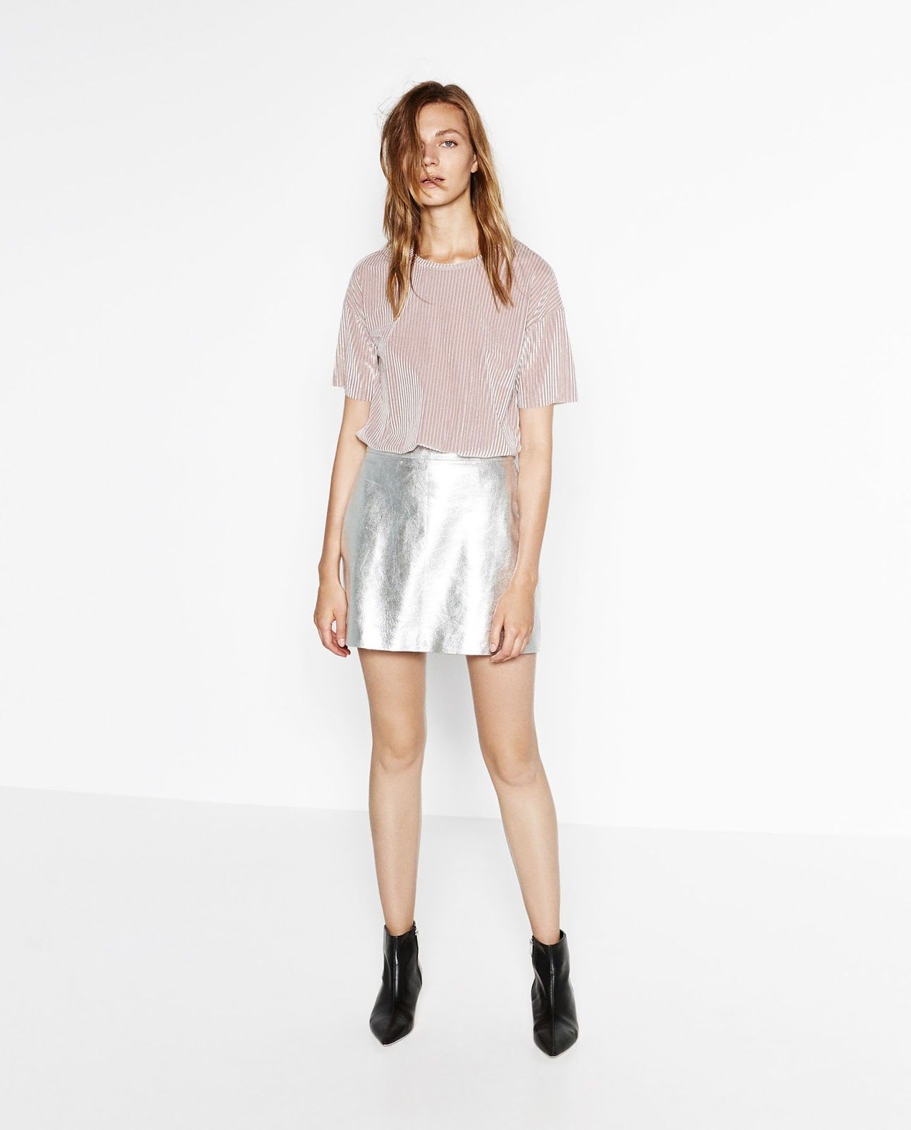 Zara blush velvet cropped top