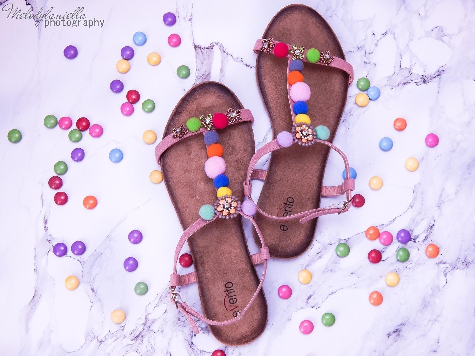 12 buty łuków baleriny tenisówki mokasyny sandały z ponopnami trzy modele butów modnych na lato melodylaniella recenzje buty coca-cola szare półbuty z kokardą buty na wesele buty do sukienki moda