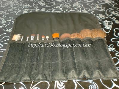 Como hacer una manta para brochas de maquillaje