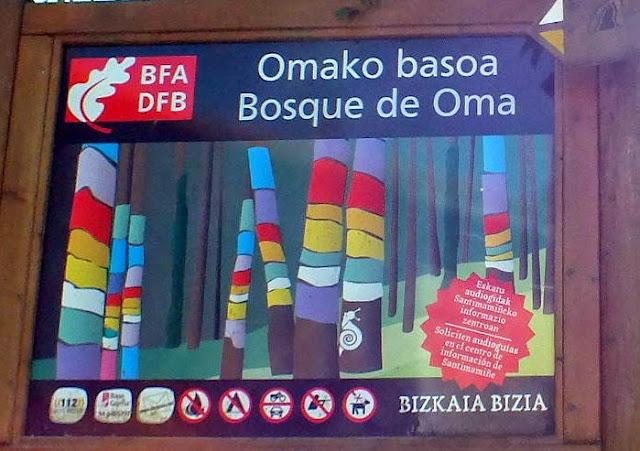 cartel informativo del Bosque Pintado de Oma