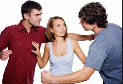 4 Tips Atasi Pacar yang Cemburu dengan Teman Pria