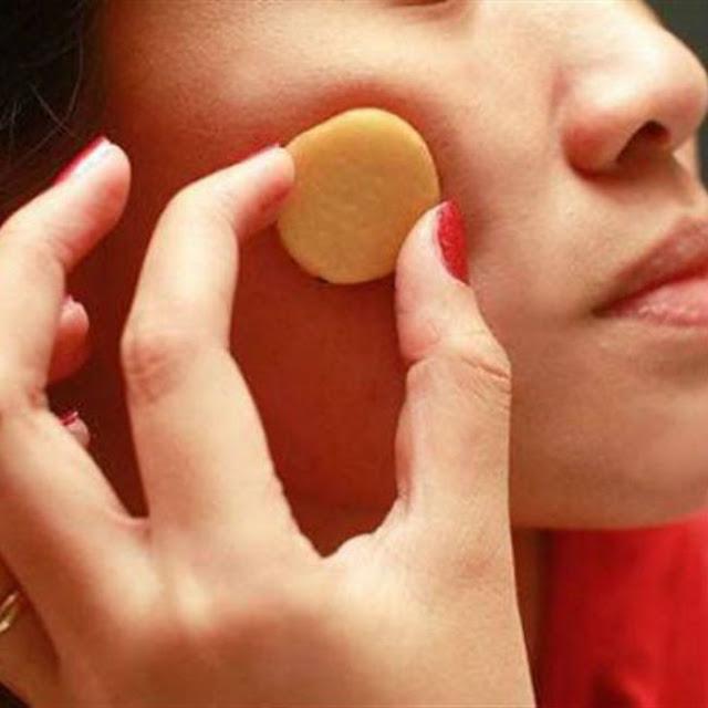 ضعي البطاطا على وجهك لمدة 15 دقيقة سيدتي واكتشفي النتيجة المذهله بنفسك