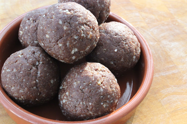 pear and chocolate bliss balls