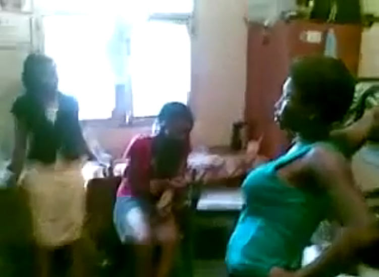 Video: UNILAG big girls Bukky & Blessing fight over boyfriend