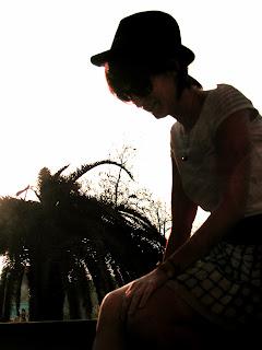 http://s-fashion-avenue.blogspot.it/2012/07/beach-style-rocker-side.html
