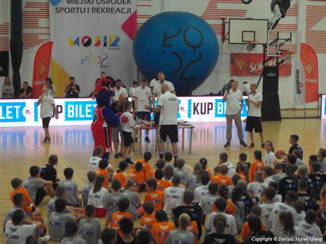 W tej grupie są trenowali przyślij zawodnicy NBA. fot Dariusz Marek Gierej