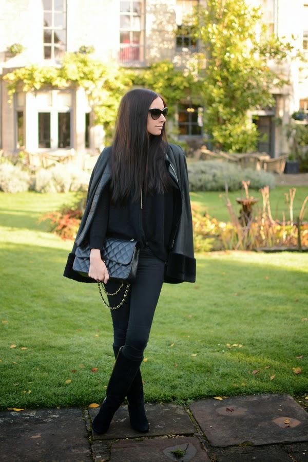 Outfit - Leather Cape - Winter Fashion - Autumn Fashion 001