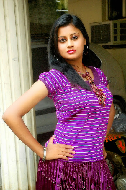 Malayalam hot Ansiba actress