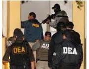 En Morovis Arrestan a Madre e Hijo en Residencial por venta de Drogas