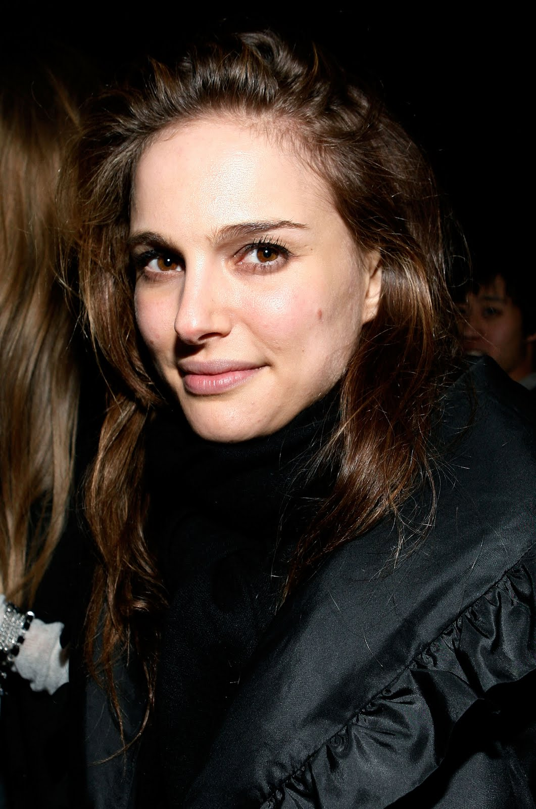 a new life hartz Natalie Portman in Different Hairstyle Look