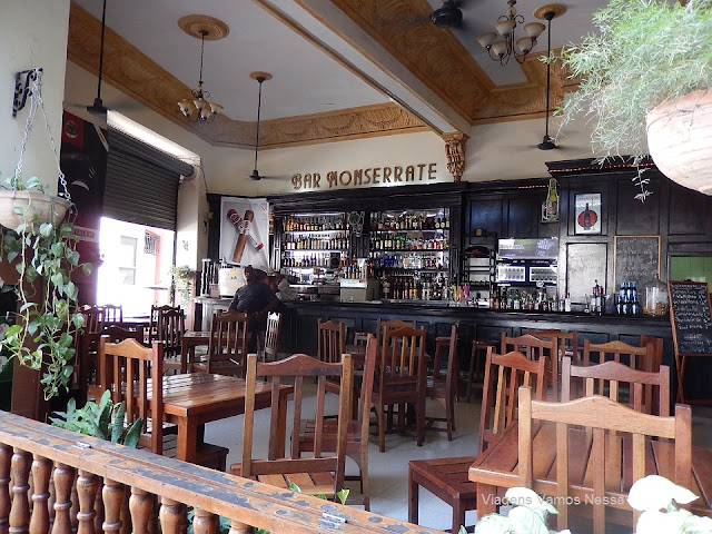 Interior do Bar Monserrat